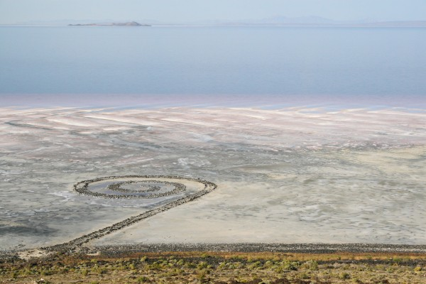 Artsy Abroad. Artist Stephanie Clark shares her experience painting at Robert Smithson's Spiral Jetty | artsy forager #art #artists #spiraljetty #environmentalart